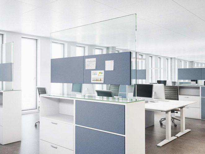 Séparation de bureau et support de travail par Global Concept
