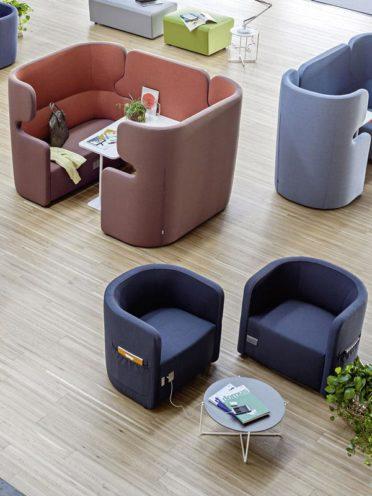 Canapé acoustique pour des lieux de travail hybride par Global Concept