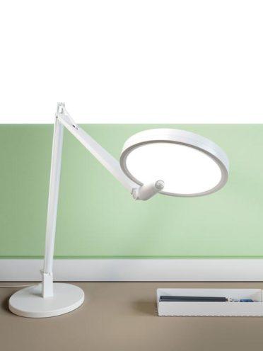 Les lampes de bureaux, choisir ses luminaires pour ses espaces professionnels par Global Concept
