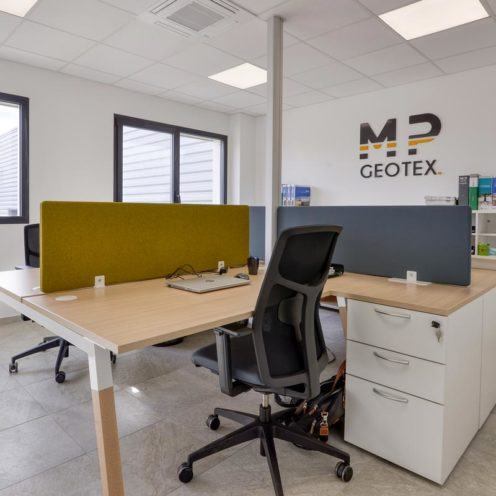 Séparateur de bureaux par les spécialiste de l'aménagement d'espaces de travail